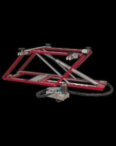 Vehicle Lift 2.5tonne Air/Hydraulic